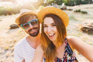 להנות ממשקפי שמש בקיץ