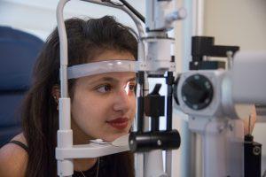 הסרת משקפיים בלייזר - מה כולל התהליך