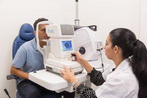 טיפול לייזר בעיניים - במה בוחרים לאסיק או PRK